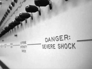 L'autorité : de la soumission à la désobéissance, en passant par la remise en question – L'Expérience de Milgram